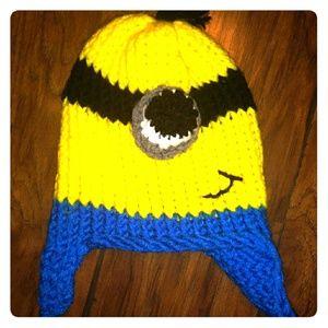 🔥 Minions Hand Knitted Beanie 🔥OSFM NEW!!